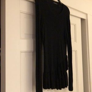 Worn once Daisy Fuentes lightweight sweater